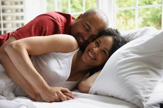 Man-woman-in-bed1